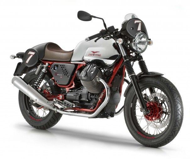 Moto Guzzi V7 II - ΙΝTERMOT http://caferacercult.gr/news/moto-guzzi-v7-ii-intermot.html
