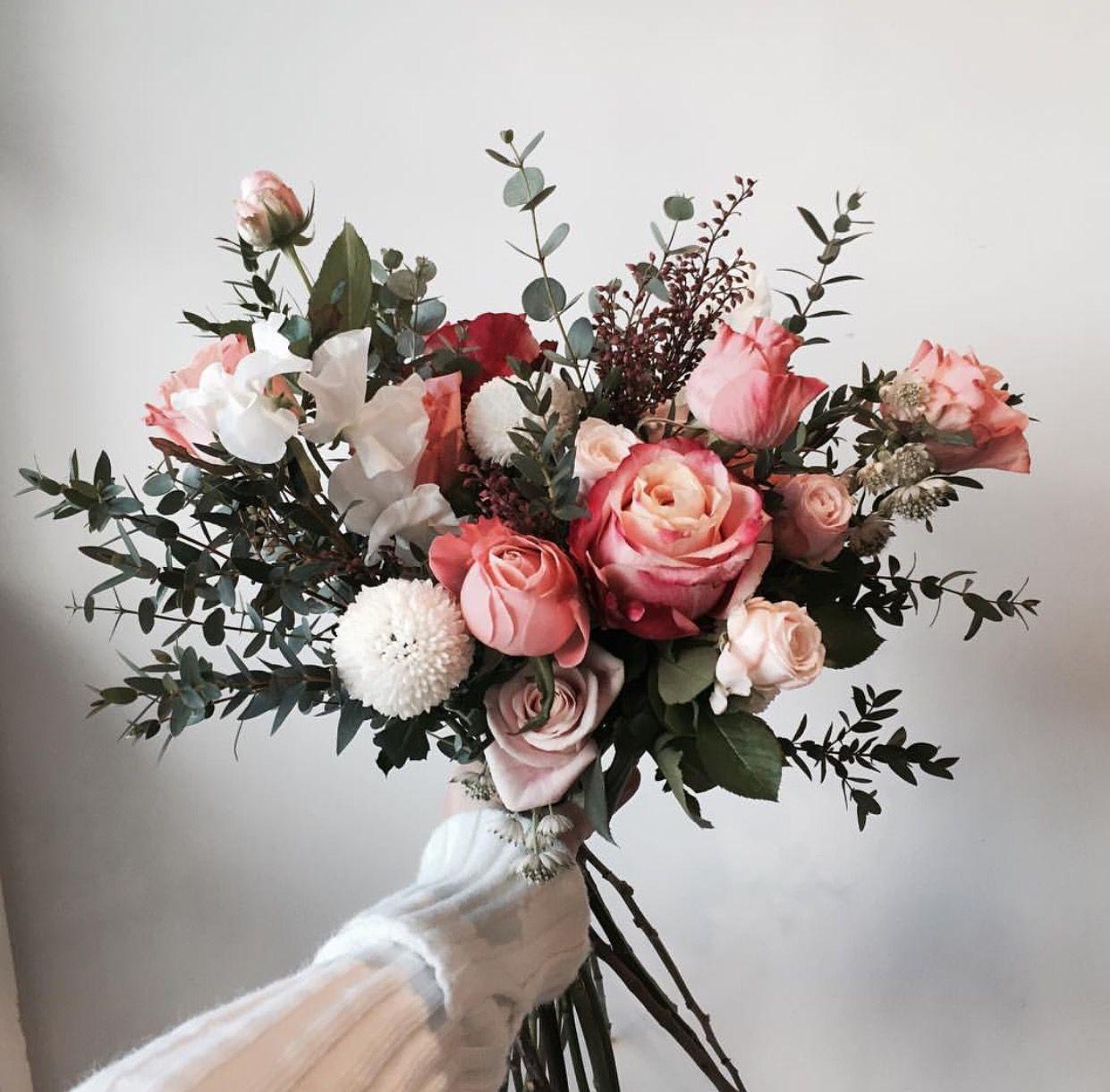 Pinterest Bouquet Sposa.Insta And Pinterest Amymckeown5 Wedding Flower Arrangements