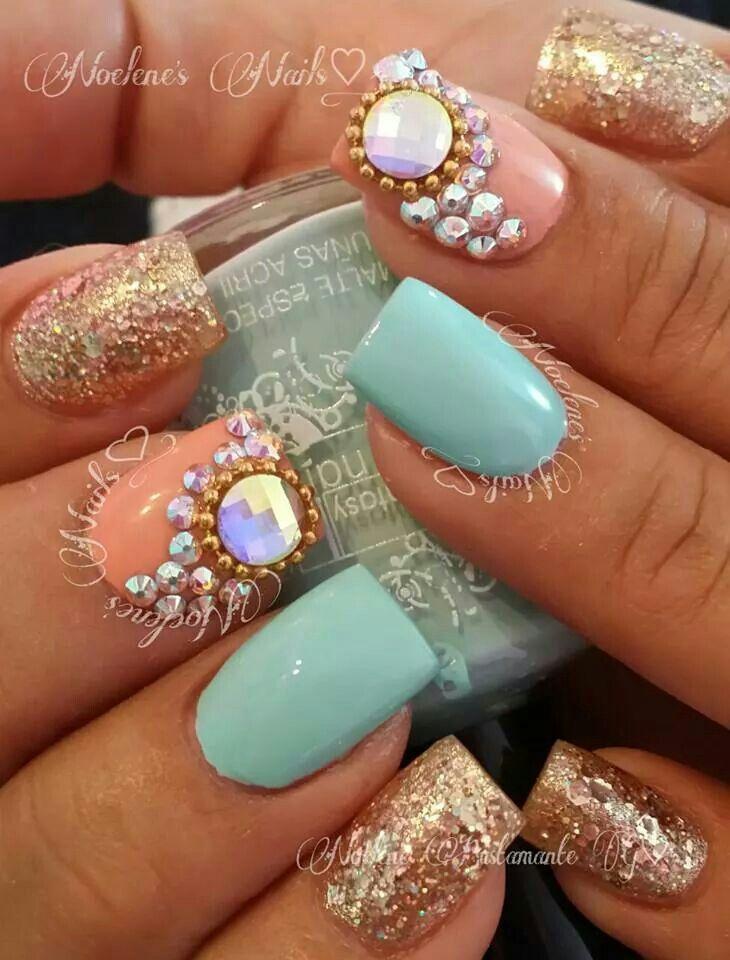 Turquesa piedras y dorado u as nails beauty nails y for Unas con piedras swarovski