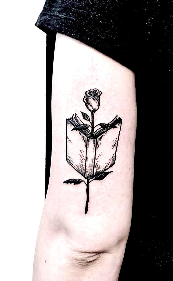 Beautiful Book Tattoo Ideas C Tattoo Artist Loris Sunda Dogana In 2020 Book Tattoo
