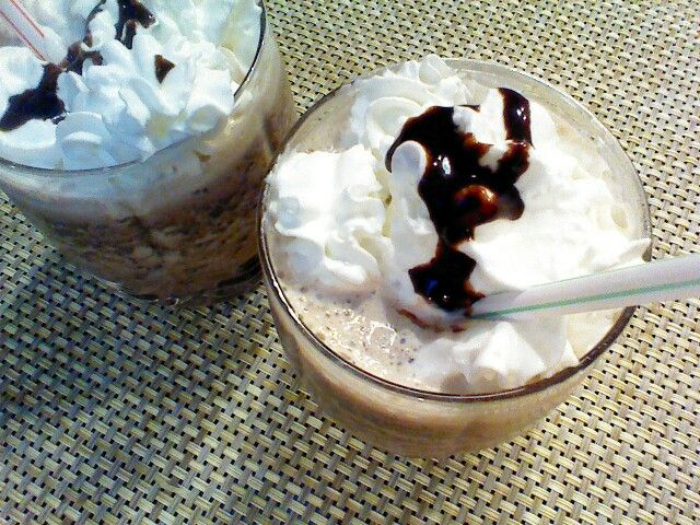 Just made a yummy Double Chocolate Frappuccino, Starbucks recipe! DIY super simple!