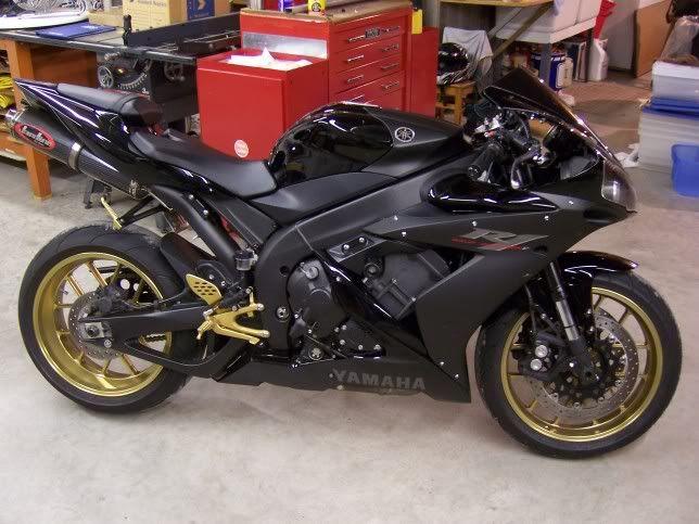 FS: 2006 Black R1 - 10K+ Miles - $7500 - Gold Carrozzeria