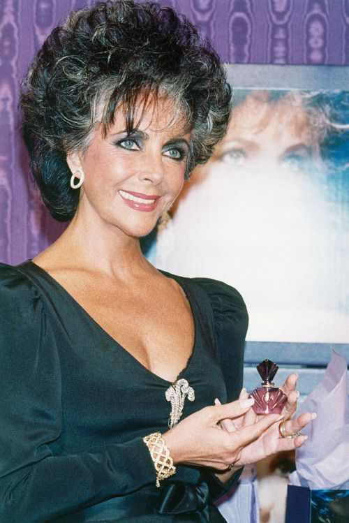 Famous People Are Just More Interesting Young Elizabeth Taylor Elizabeth Taylor Elizabeth Taylor Jewelry