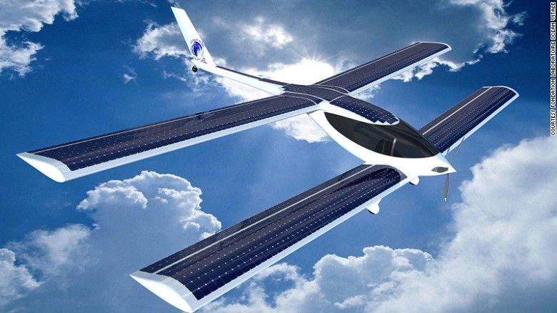 프랑스 인 라파엘 Dinelli는 세계 & # 39을 희망;의 Eraole라는 하이브리드 항공기 대서양에서 첫 번째 제로 탄소 비행.