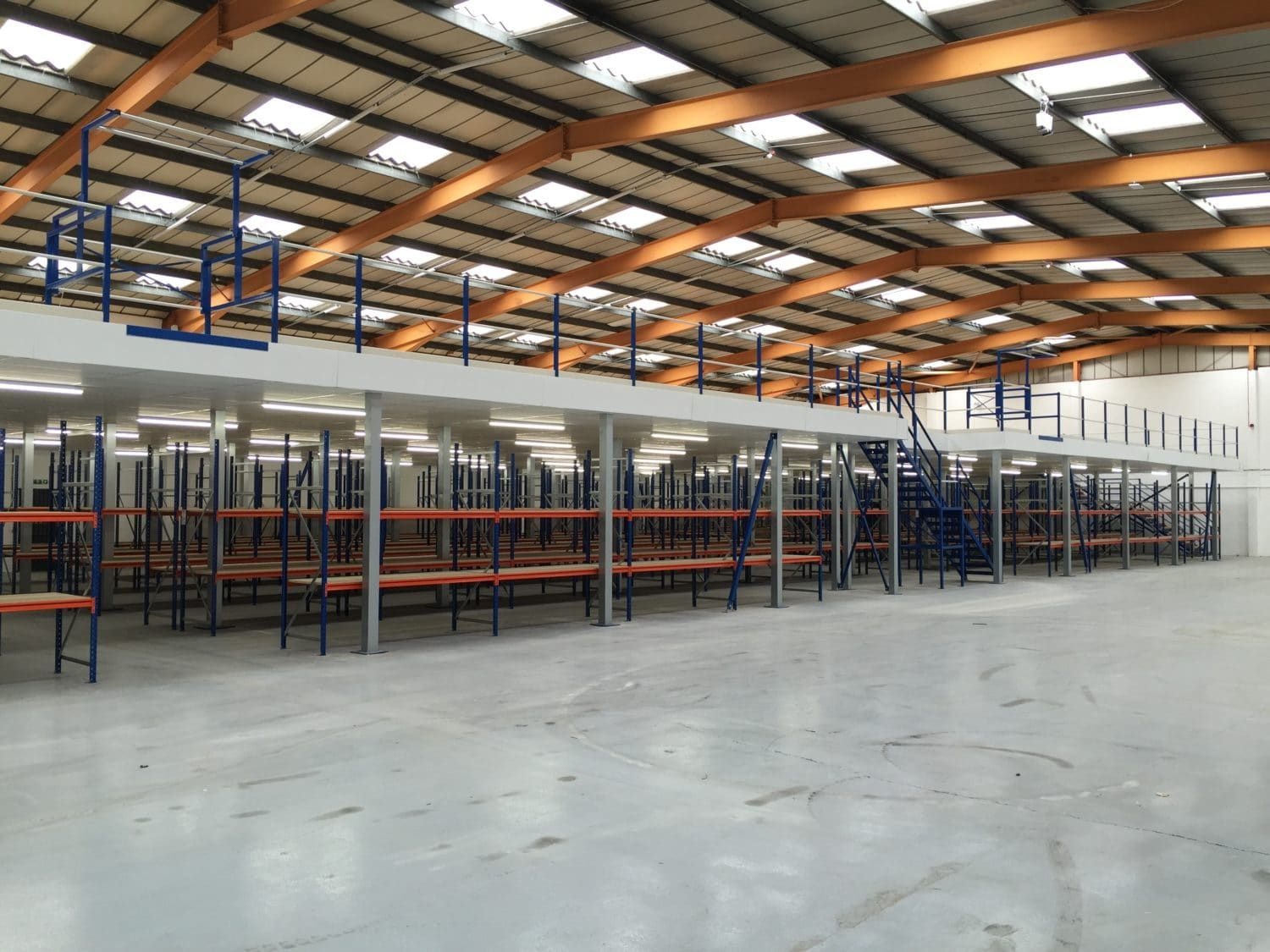 Warehousing Distribution Mezzanine Floors Hi Level Mezzanine Floors Mezzanine Floor Mezzanine Flooring