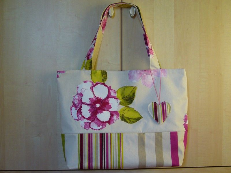 mon grand cabas la ronde des sacs couture sac cabas tuto sac et sac. Black Bedroom Furniture Sets. Home Design Ideas