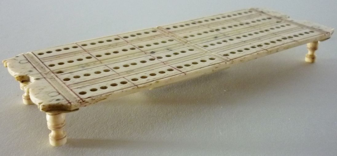 A Simple Small Napoleonic Prisoner Of War Bone Cribbage Board The Engraved Lines Retaining Traces Of Original Pigment Cribbage Board Cribbage Prisoners Of War