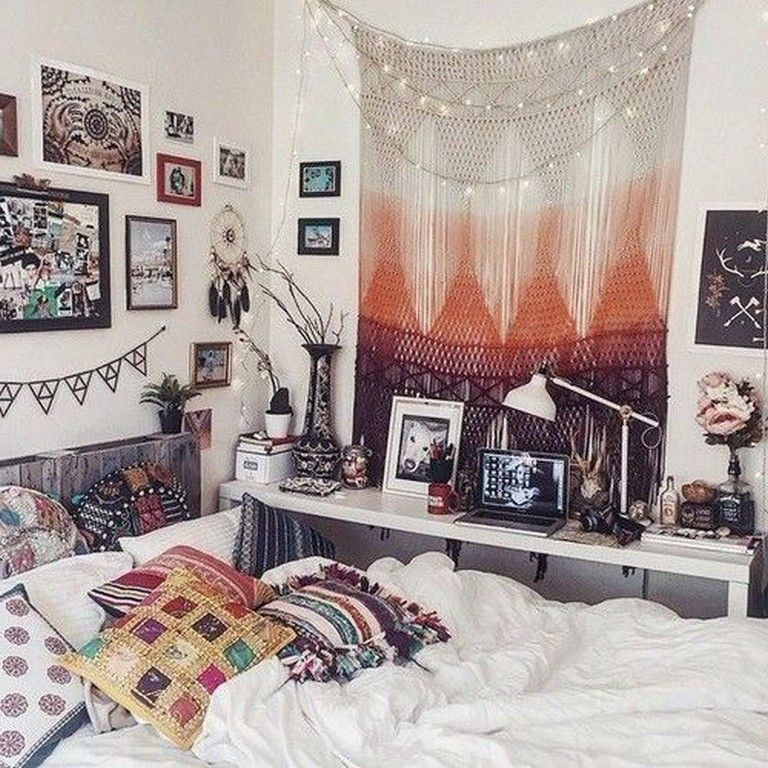 20 Awesome Hippie Bedrooms Ideas Boho Apartment Decor Bohemian Style Master Bedroom Cozy Dorm Room