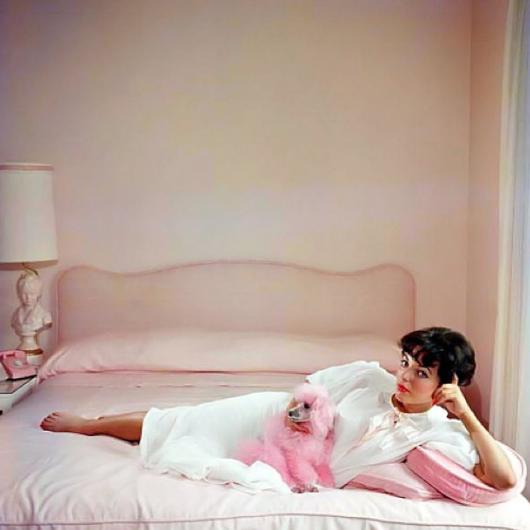 Joan-Collins-by-Slim-Aarons