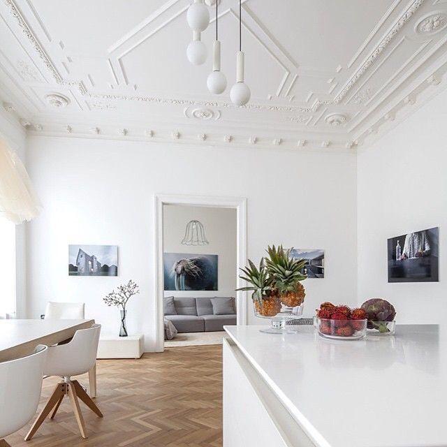 Elegant Credit @lucdesign Apartment H+M, Austria Architects: Destilat Photos:  Monika Nguyen