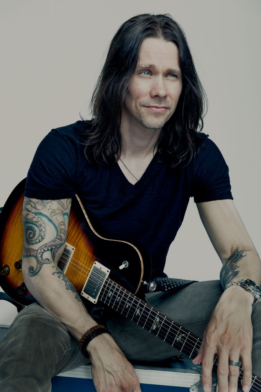 Myles Kennedy On Pinterest Duff Mckagan Dave Mustaine