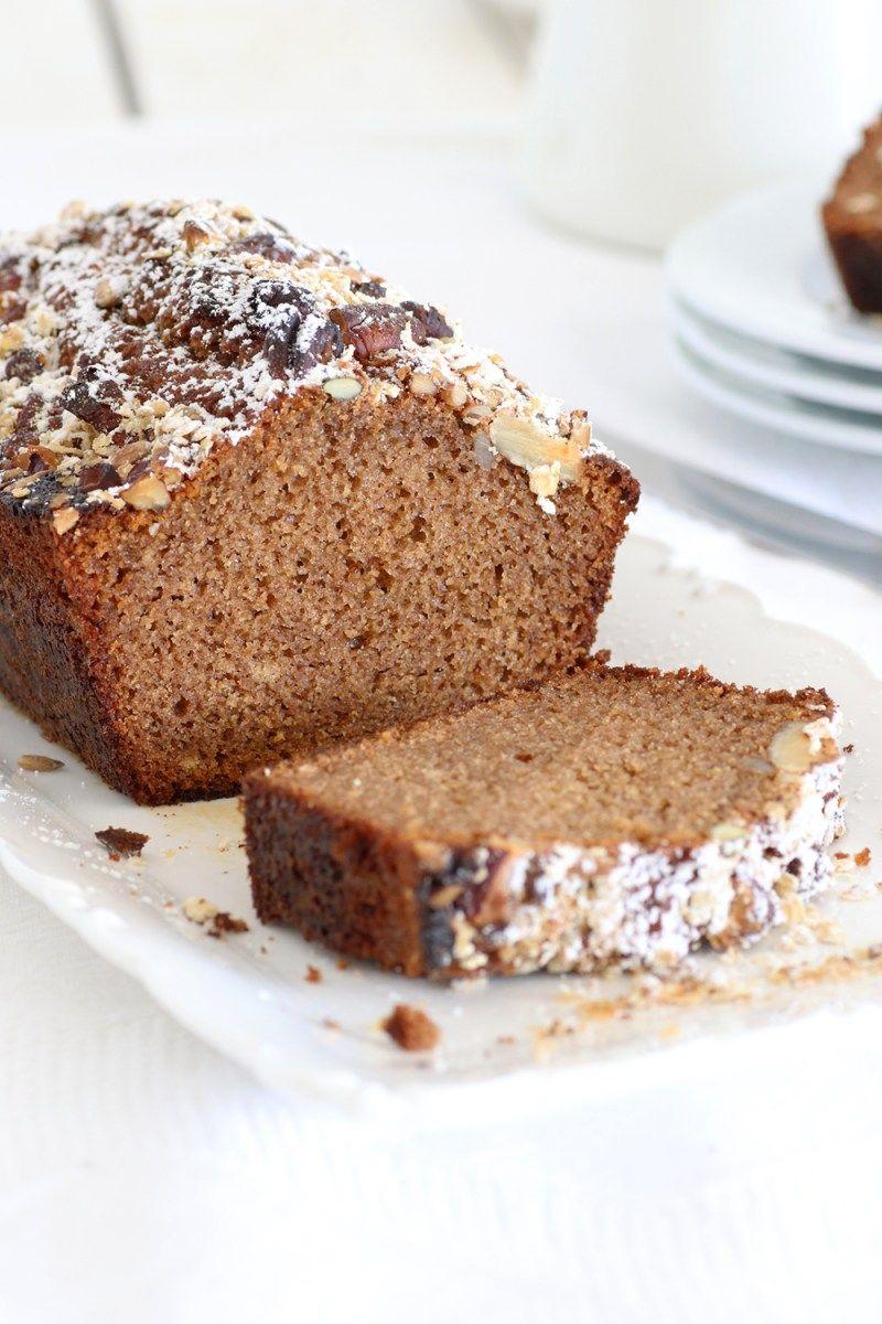 עוגת דבש עם ציפוי גרנולה קראנצ'י Honey cake, Granola