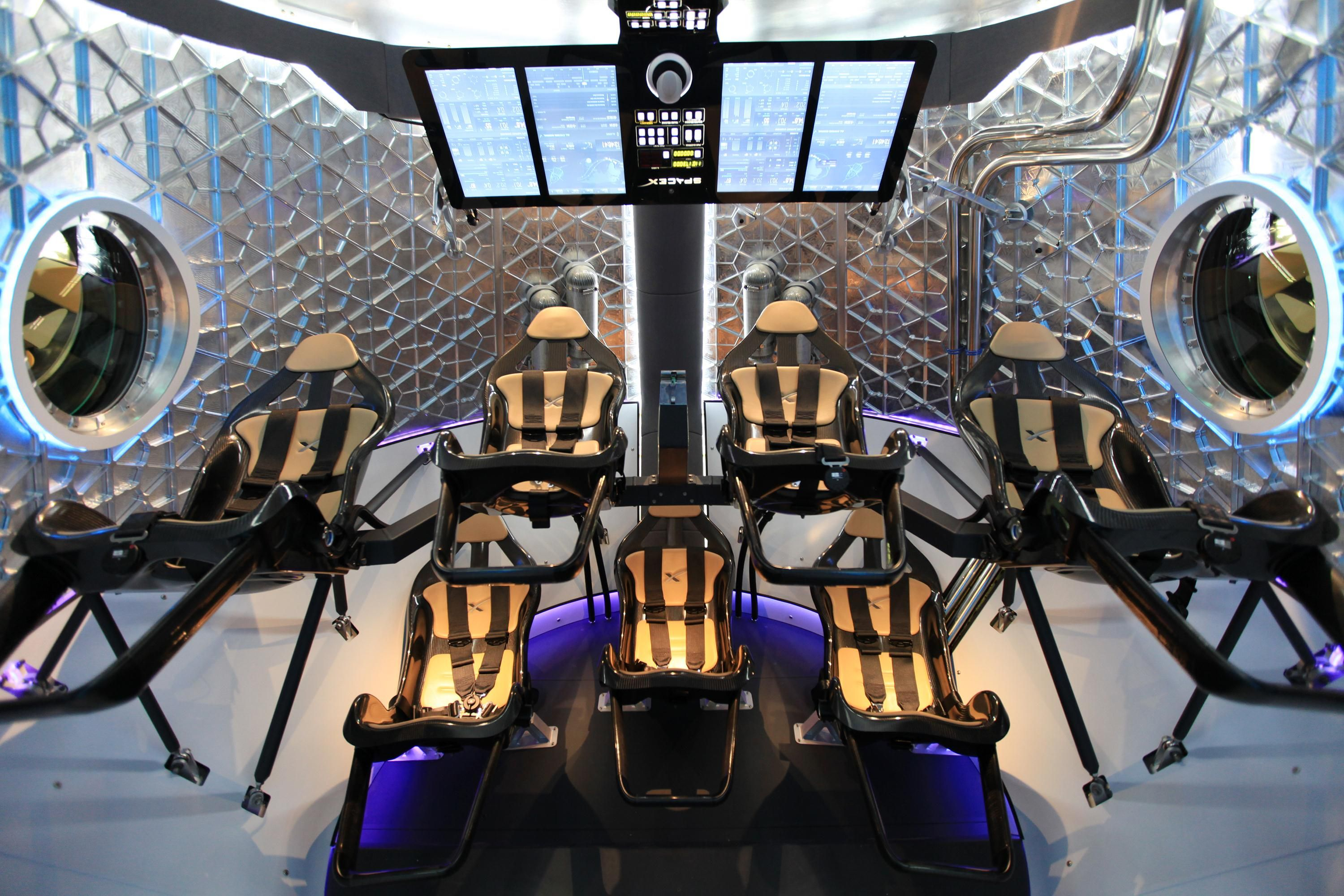 Enter The Dragon Here S What It S Like Inside New Spacex Capsule