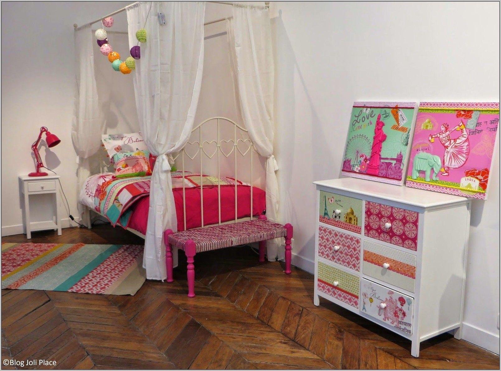 Chambre Jeune Fille 10 Ans Enfant Deco En 2020 Idee Deco Chambre