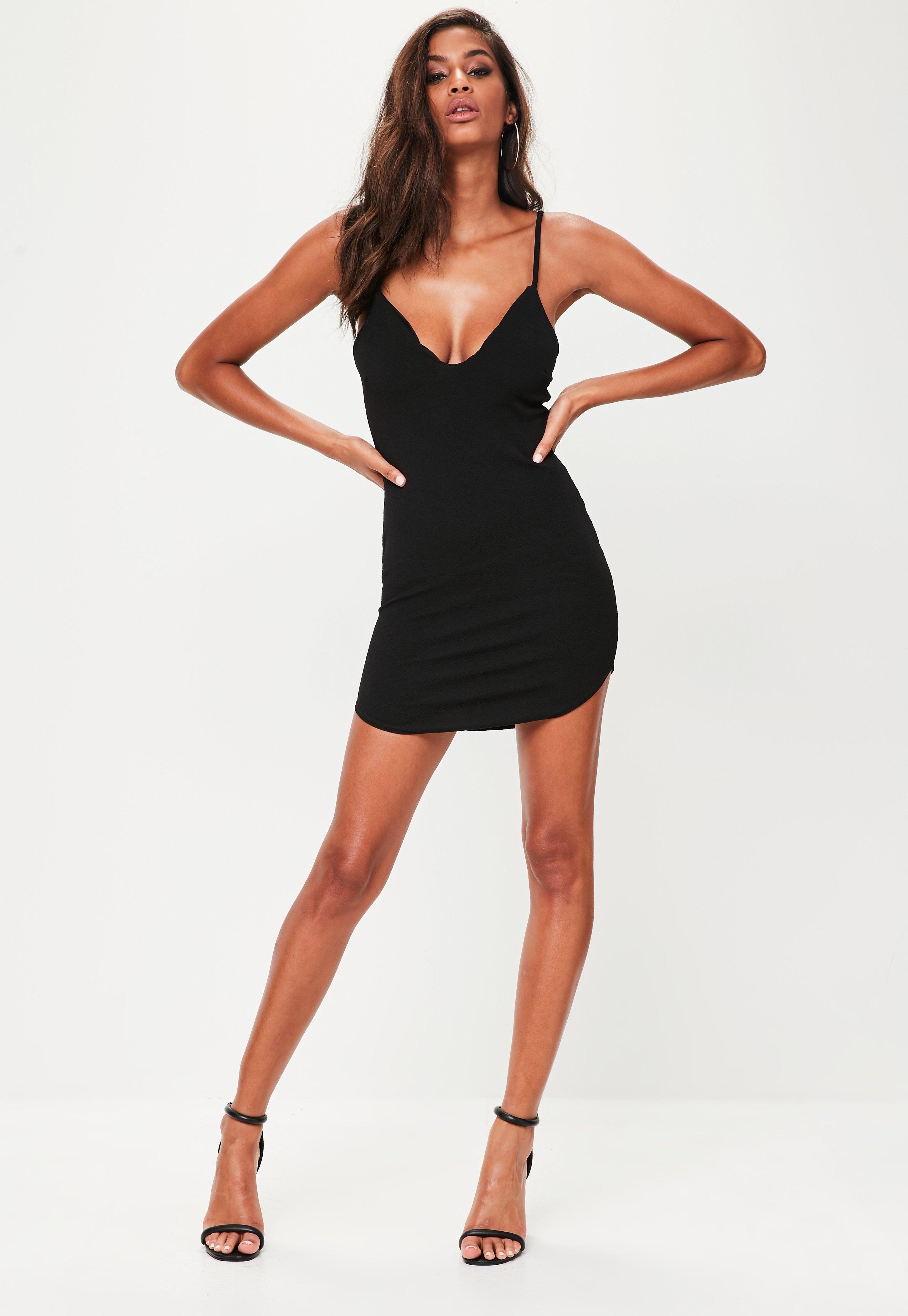 Petite Black Strappy Plunge Bodycon Dress  Schwarzes bodycon