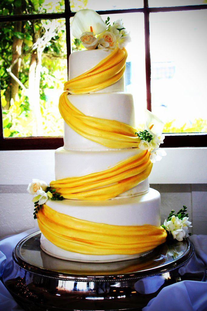 Wedding Cake Mamanenascakes www.mamanenascake.com   CAKES : by me ...