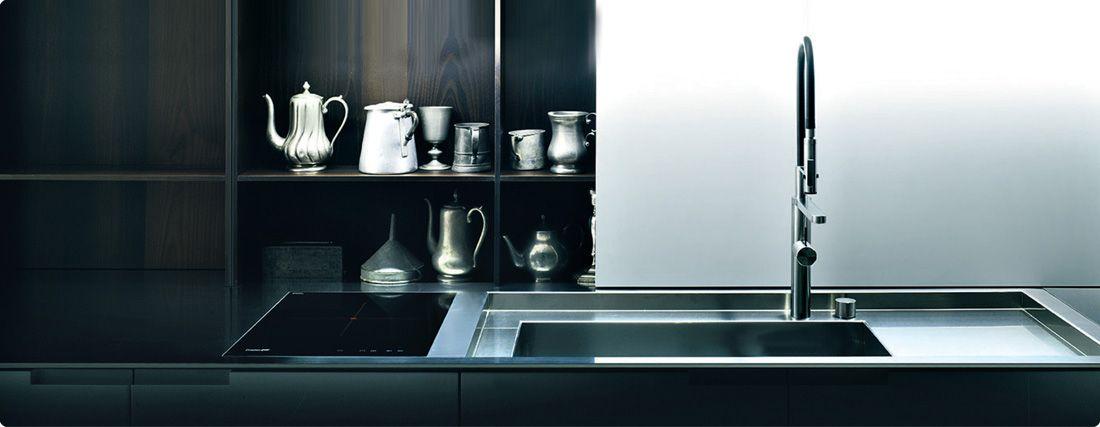 Top cucina su misura in acciaio Bautek con piano cottura Foster a ...