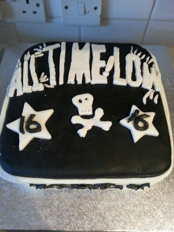 All Time Low Band Birthday Cale Birthday Cake Ideas Pinterest