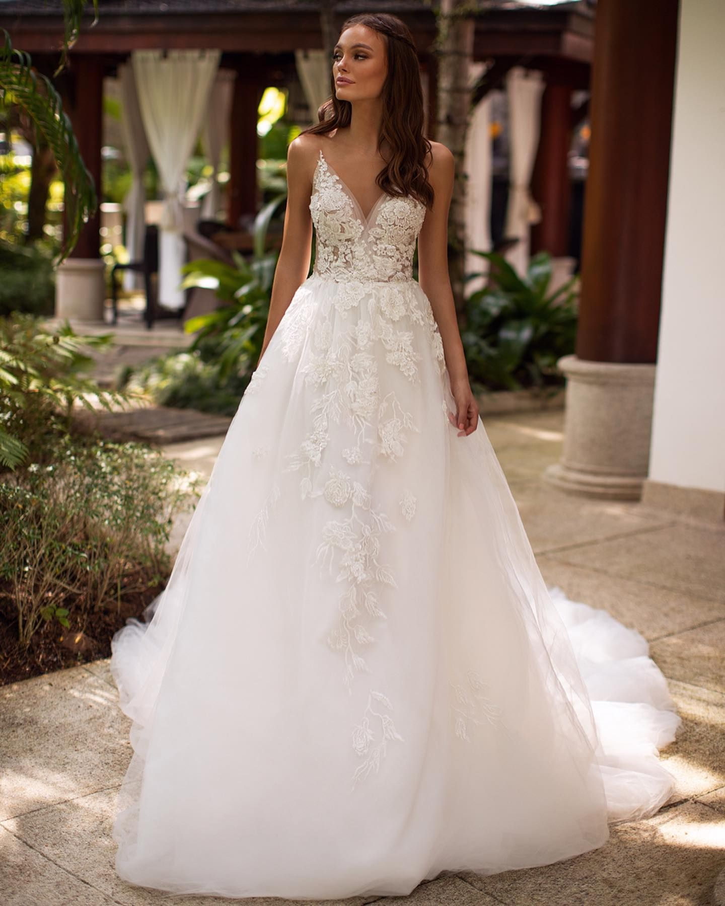 Simplicity And Charm Create Your Perfect Wedding Dress Millabylorenzorossi Lorenzor In 2020 Lace Applique Wedding Dress Milla Nova Wedding Dresses Wedding Dresses