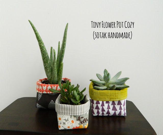 Tiny Flower Pot Cozy A Tutorial Diy Flower Pots Plant Pot Covers Flower Pots