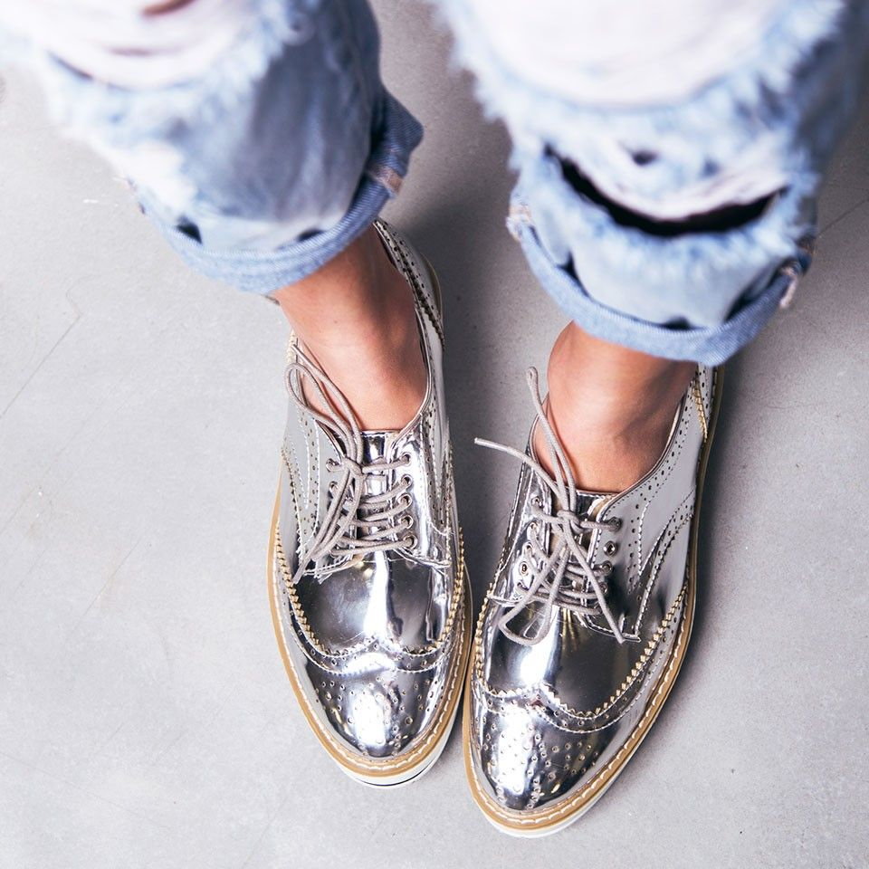 2994235f1a SILVER OXFORD SHOES