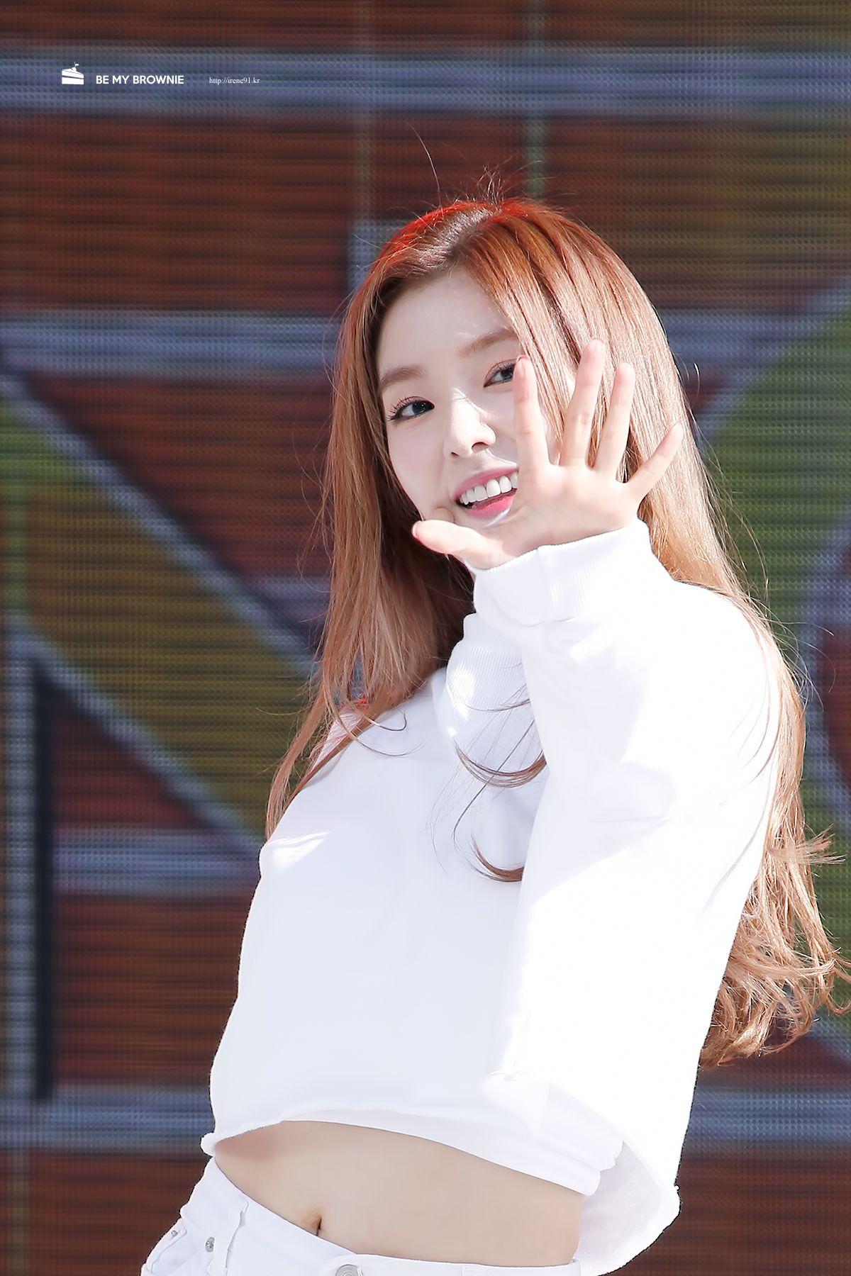 RED VELVET - Irene #아이린 (Bae JooHyun 배주현) 'The Red' era 150912 배꼽 #레드벨벳