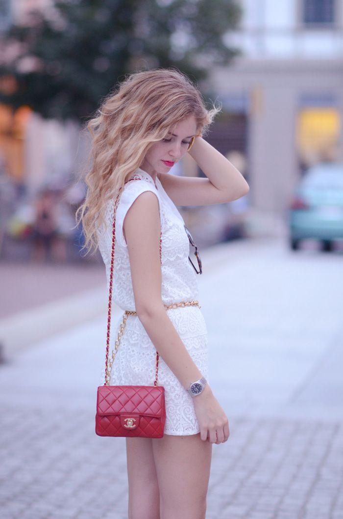 the purse!!!  7436f8bc13c9