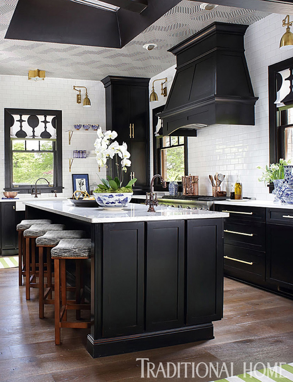 Black Kitchen Cabinets From Traditional Home Art Deco Kitchen Traditional Kitchen Design Art Deco Kitchen Design