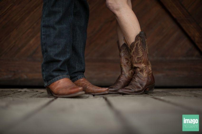 Engagement photos Cowboy boots