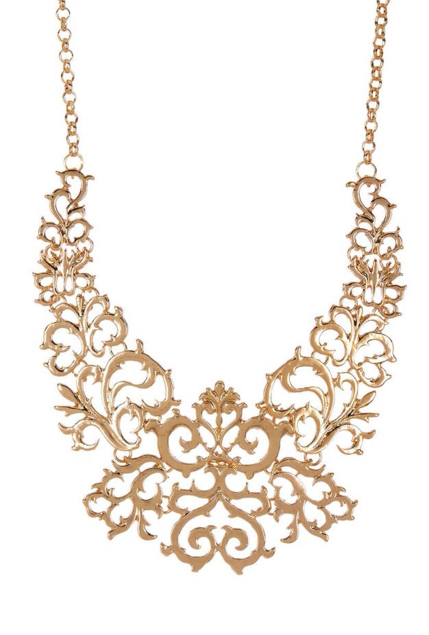 Filigree necklace from Haute look