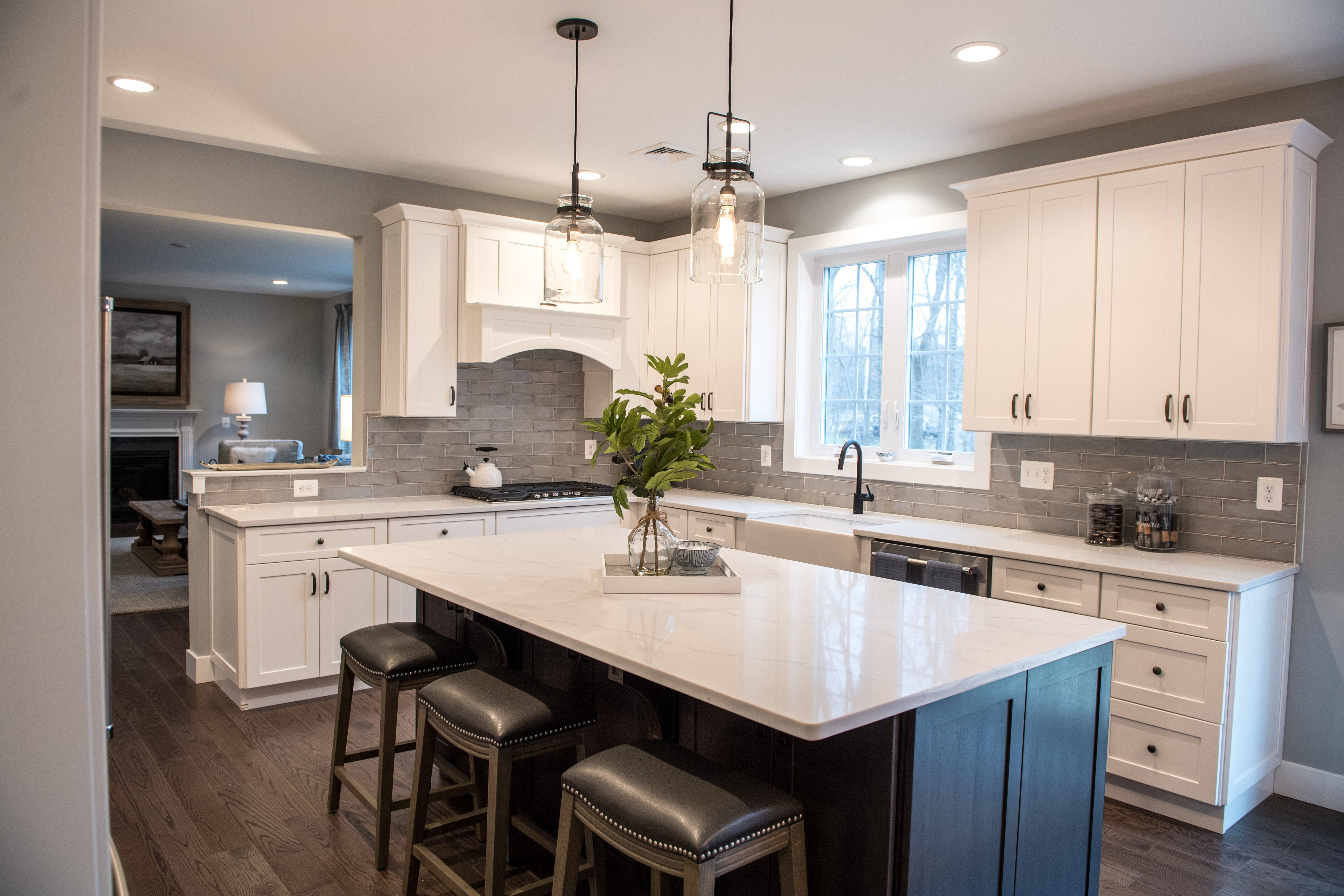 Holly Volpe Interior Design Howell Kitchen Kitchen Interiordesign Interiordesigner Kitcheninspiration Kitchen Design Kitchen Projects Space Interiors
