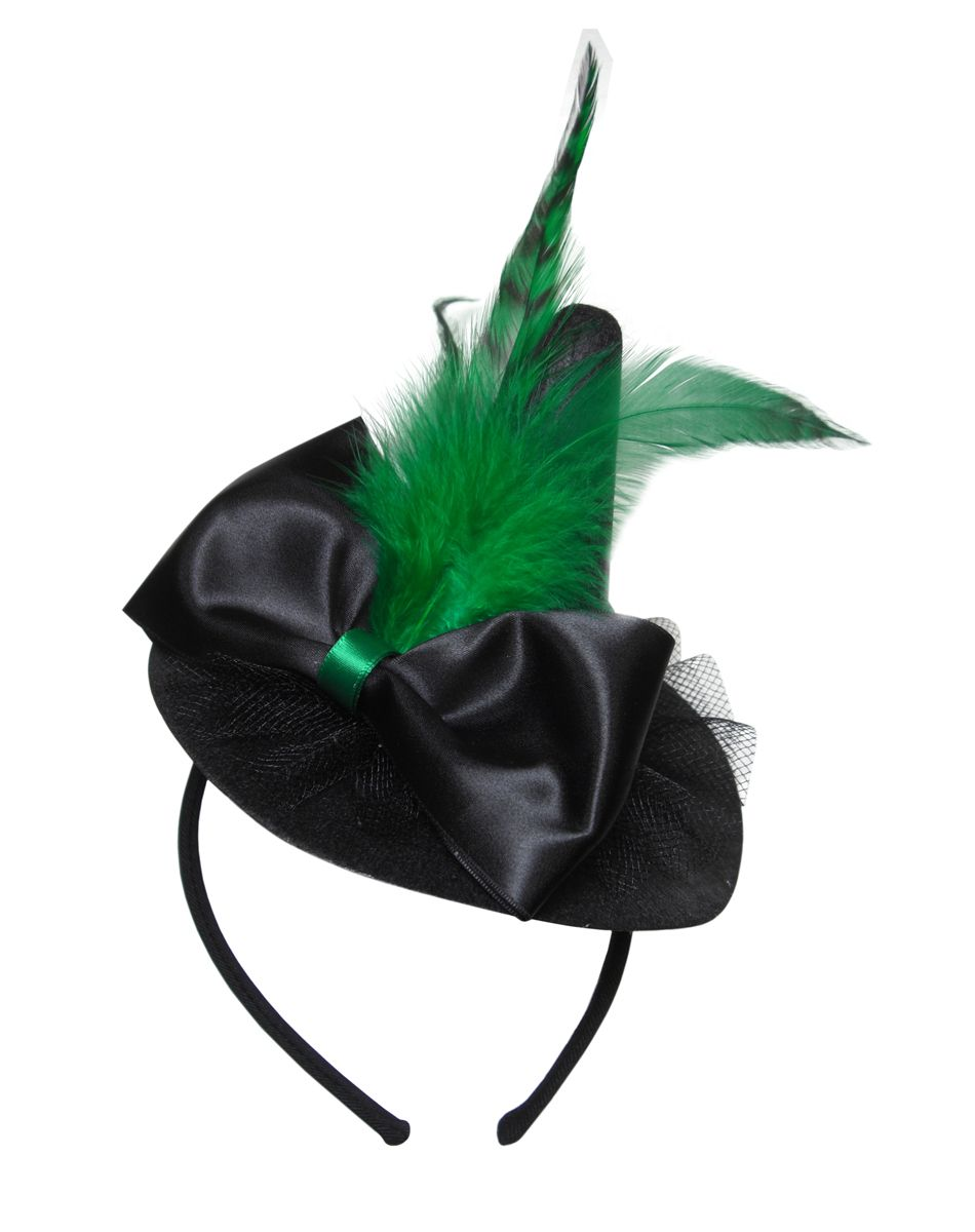 Green witch hat.