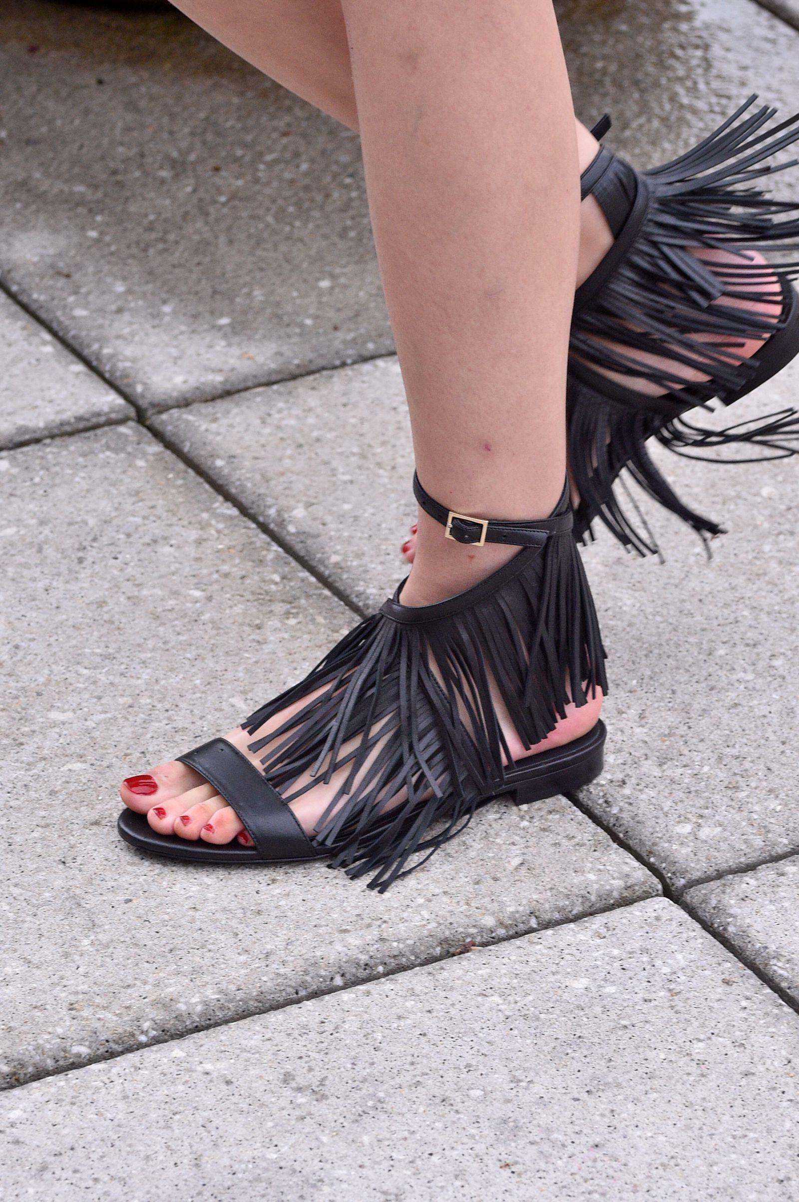 Best York Fashion The Runways Down Week Shoes New Walking 1dxda4wq