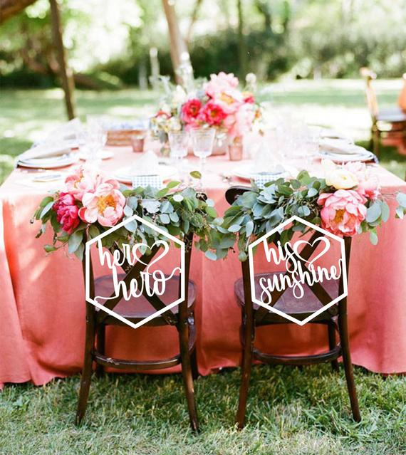 Mr and Mrs Wedding Chair Signs - Mr and Mrs - Circle Wedding Sign ...