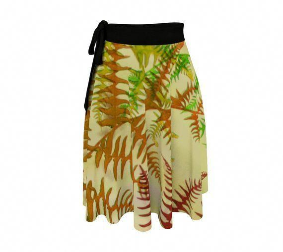 This fun wrap skirt featuring oversized fern fronds is perfect for nature lovers. Feel free-spirited in this full circle printed wrap skirt designed to fit a range of body types. Style them for casual or office wear, or pair it up with a swim suit to travel from the beach to the boardwalk.  #WrapSkirt, #Botanical #CircleSkirt #Fall #FallFashion #Womens #Womensfashion #OneSize, #PlusSize #Casual #CasualStyle, #Beachwear #Coverup by #Whimzingers on #Etsy #Et #plussizefashionforwomenover30bodytypes