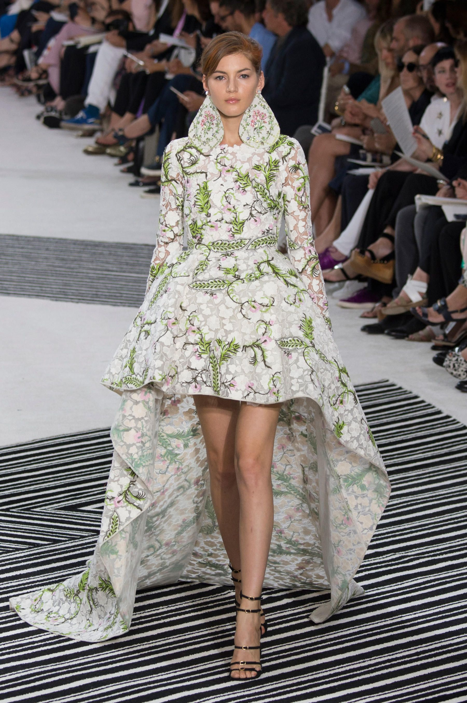 7134bee91b A look from the Giambattista Valli fall 2015 couture collection. Photo   Imaxtree.