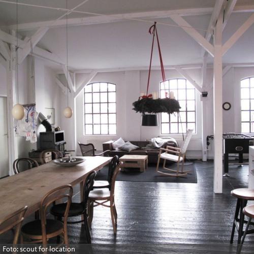 Langer Esstisch aus Holz Langer esstisch, Esstische und Holz - wohnideen wohnzimmer holz