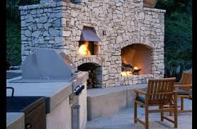 Built In Bbq Open Fire And Pizza Oven Love This Open Fire Instead Of Fire Pit Diy Outdoor Fireplace Outdoor Fireplace Kits Outdoor Fireplace