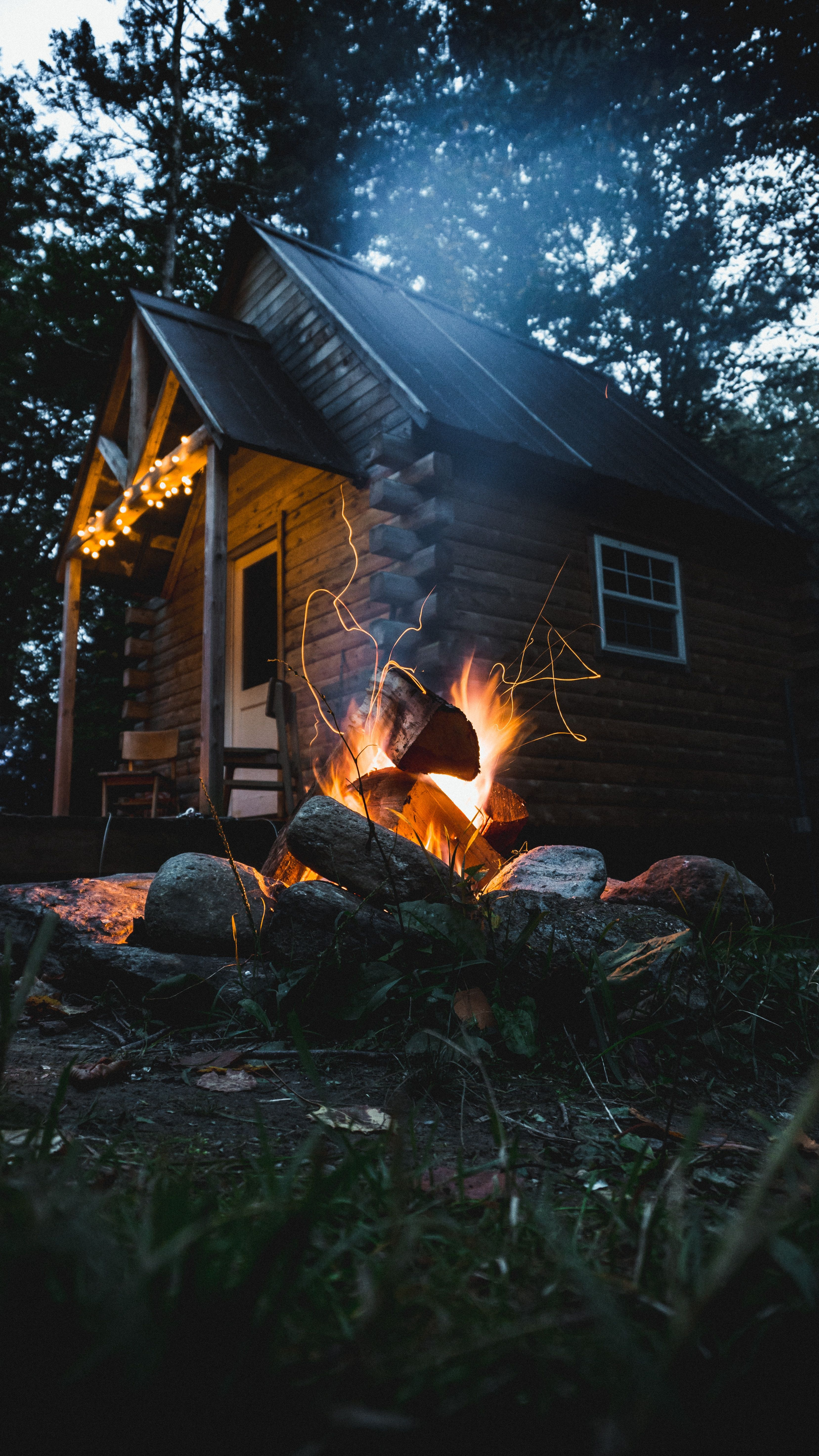 Guide To Tiny House Living Cabins In The Woods Cabin Cabins