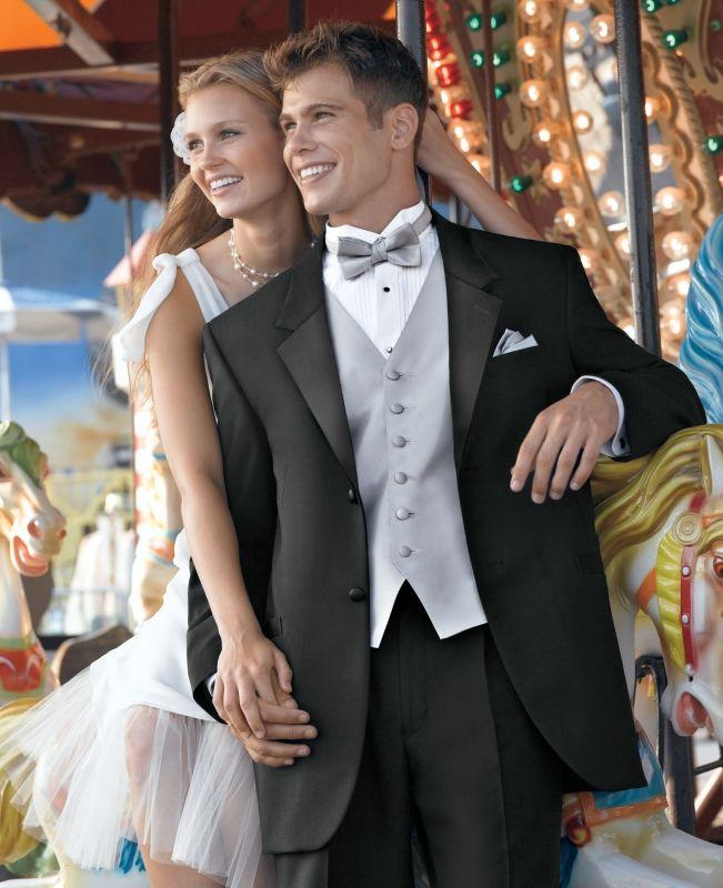 Choosing a Wedding Tuxedo – Wedding Ideas, Wedding Trends ...
