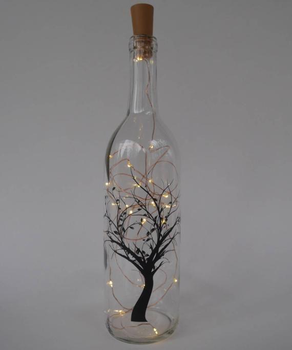 Weinflasche Licht, Saitenlichtdekor, Märchenlichtflasche, Glühweinflaschen, Baumhinterslicht, Blätter, Flaschenstrellen-Leuchten, Naturdekor #fairylights