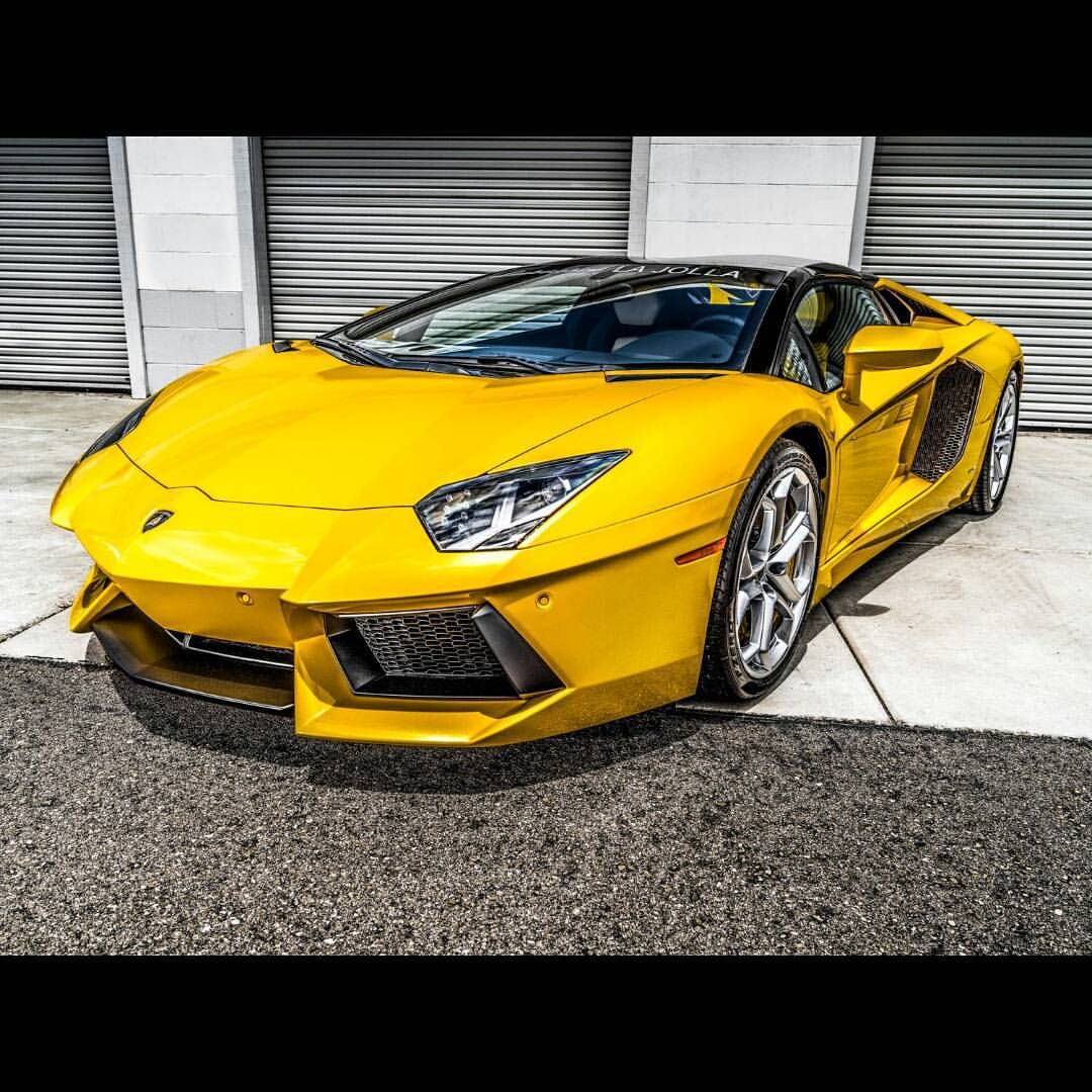 "Joseph Merkens on Instagram: ""#yellow ""a vent a door"" jk. #Aventador #Lamborghini @yonly65 #ItsWhiteNoise  #SpittingPixels"""