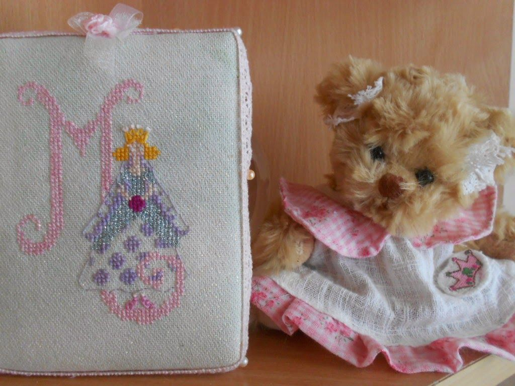 Three Ladies Stitching Club met again - Pirkko's HAED stitching etc.