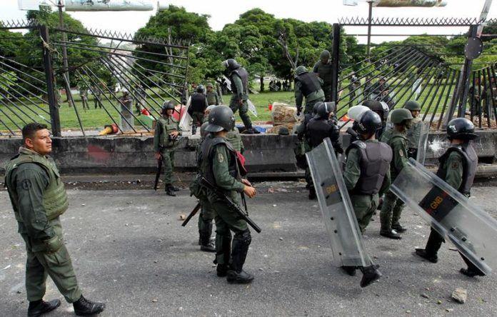 """El premio que Maduro dará a los guardias """"represores"""" - http://wp.me/p7GFvM-IdK"""
