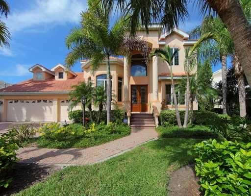 Sarasota Real Estate Homes For Sale Fl Buyers Agent Sarasota Real Estate Waterfront Homes For Sale Estate Homes