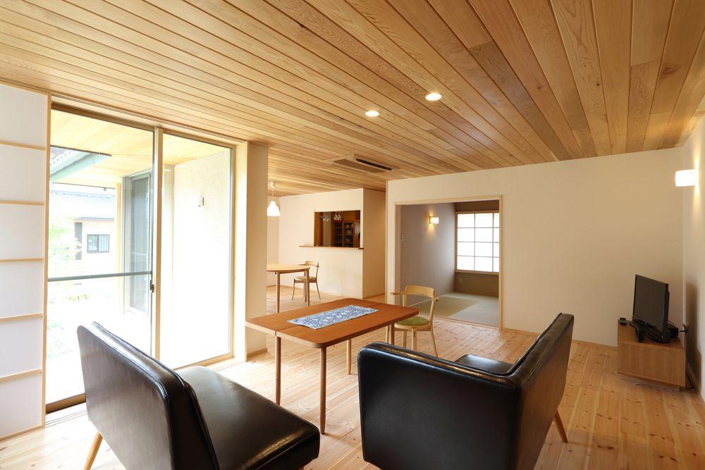 室内から庭を愉しむ家 京都で注文住宅を建てるデザオ建設のフォト