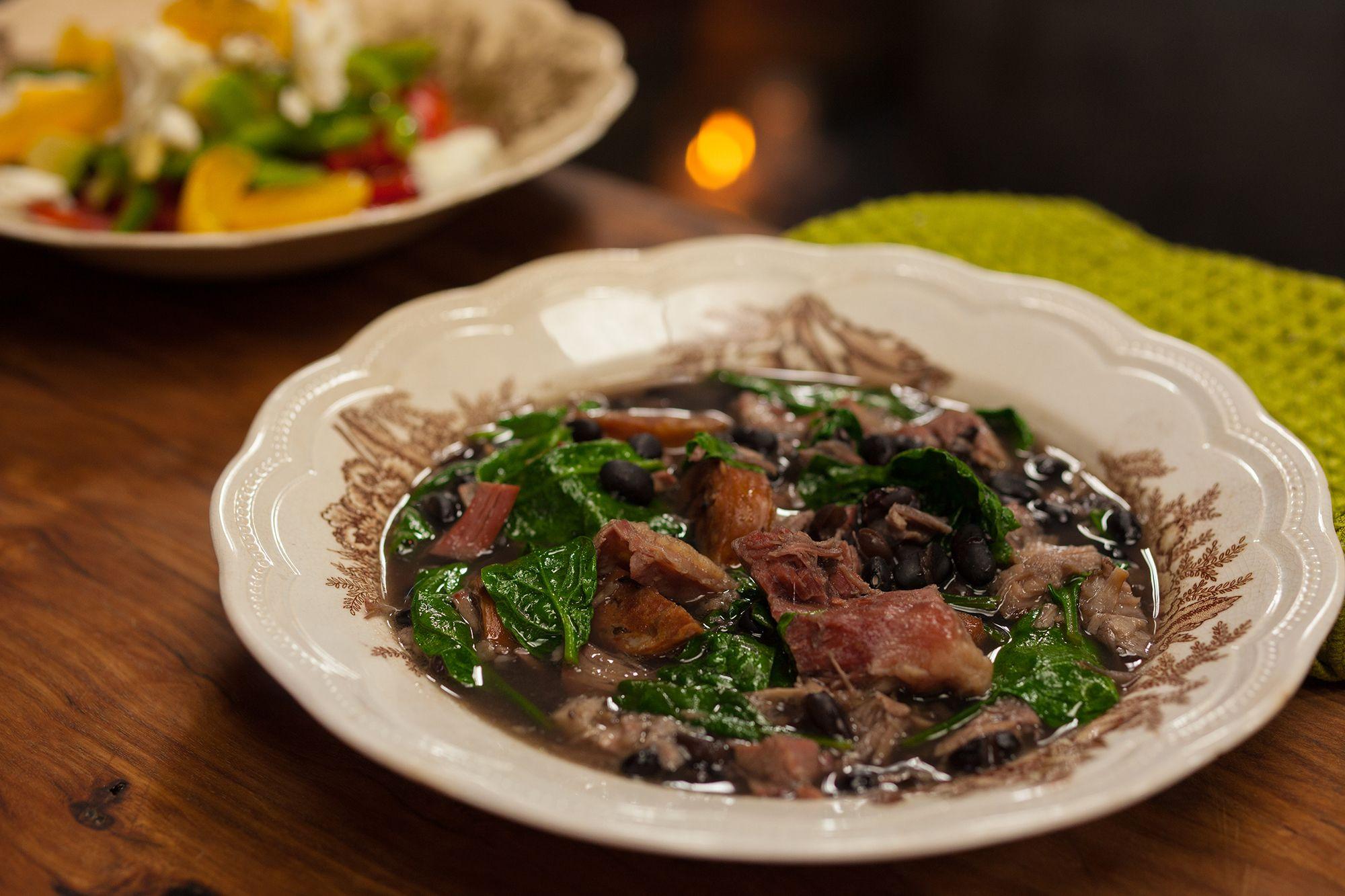 Feijoada & Poa de Quejio: http://gustotv.com/recipes/lunch/feijoada-poa-de-quejio/