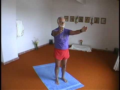 pinناجيه حامد on i am in 2020  yoga sun salutation