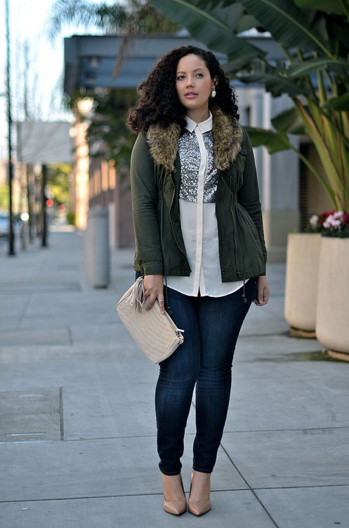 Army green coat with fur, cream blouse with sequin detail, dark denim skinny jeans, nude pumps + clutch