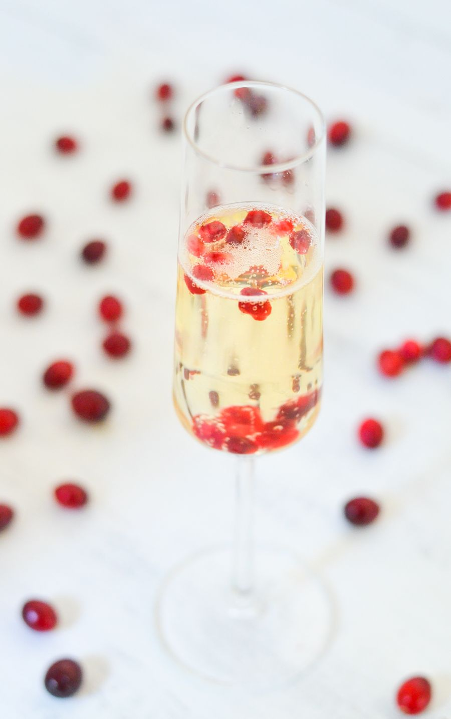 5 prosecco serving ideas prosecco white wine and pomegranates 5 last minute ideas for prosecco sparkling white wine holiday party pomegranate seeds lucis forumfinder Choice Image